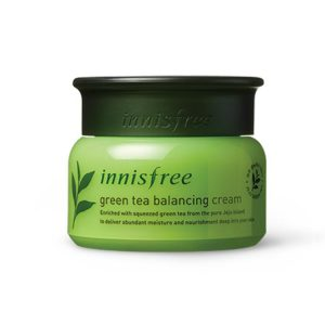 green tea balancing cream1